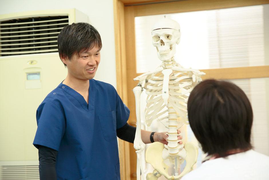 国家資格である柔道整復師・鍼灸師の資格を持ったプロの、確かなデータと技術にもとづいた指導